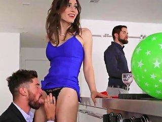 Super Hot Shemale Fucks Guy HD